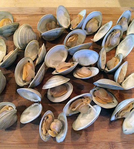 clam-soup-clams